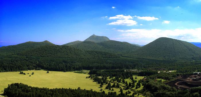 Le Puy de Dôme (French volcano)