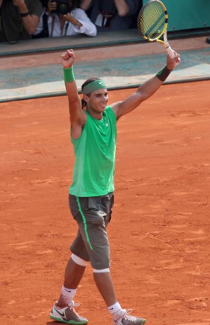 Nadal beats Federer for 4th consecutive French Open title