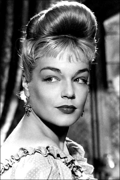 Simone Signoret famous French actress