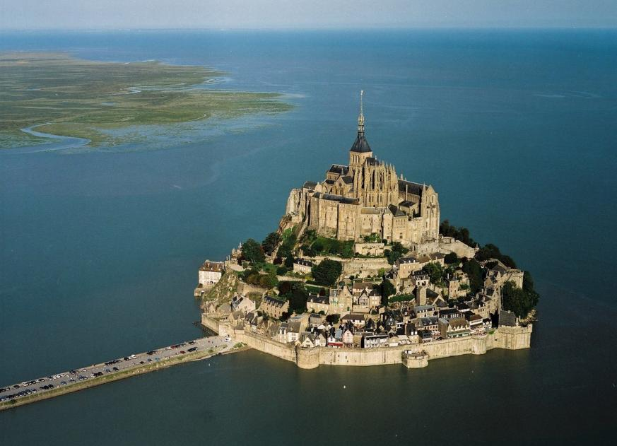 The United States of the Solar System, A.D. 2133 (Book Five) - Page 5 Mont_saint_michel_basse_normandie