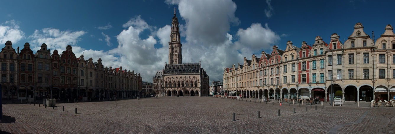 Panorama_Place_des_Héros_Arras_France