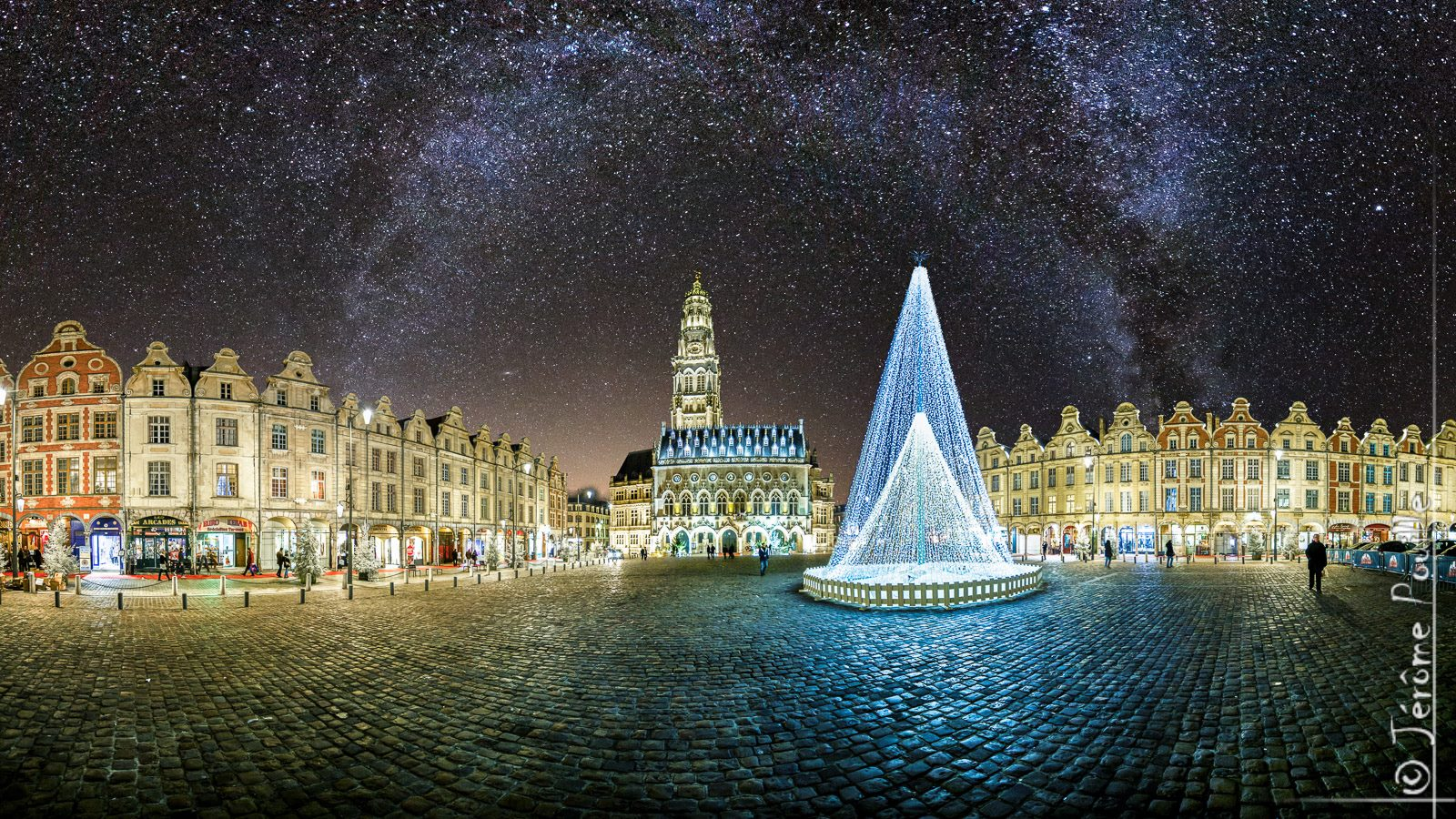 Place_des_Heros_Arras