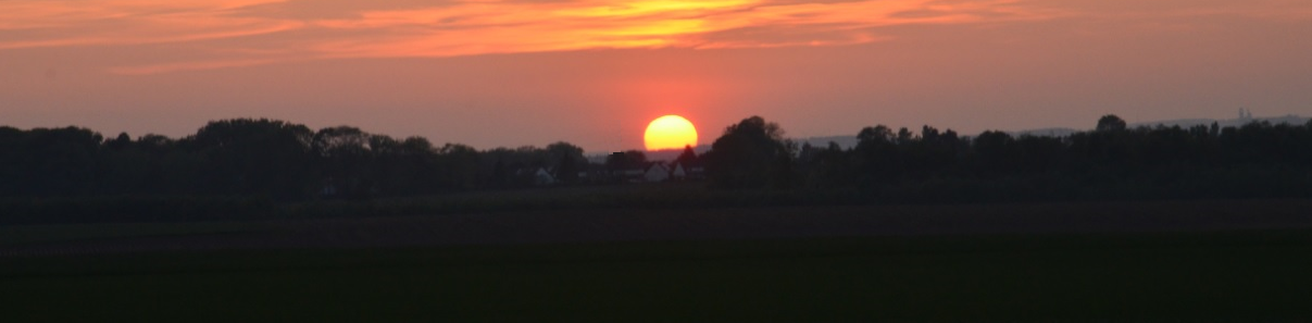 sunset_over_Arras_May_2013