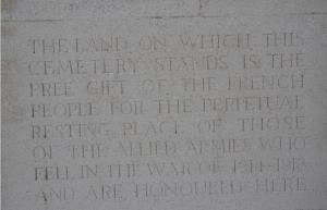 Arras_Memorial_cemetery_1