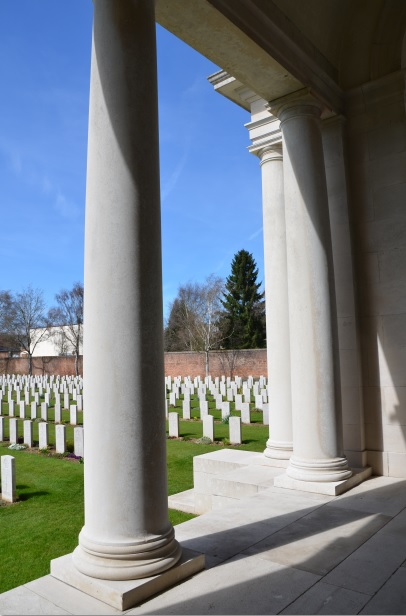 Arras_Memorial_cemetery_23