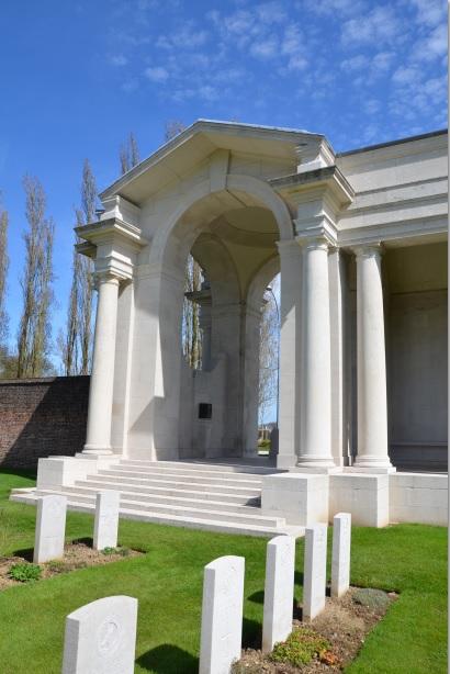 Arras_Memorial_cemetery_24