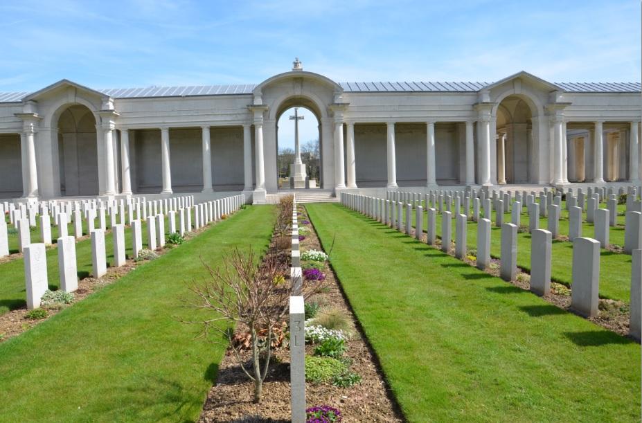 Arras_Memorial_cemetery_4