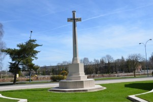 Arras_Memorial_cross