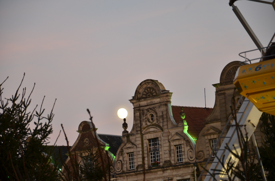 Arras_Christmas_market_2013