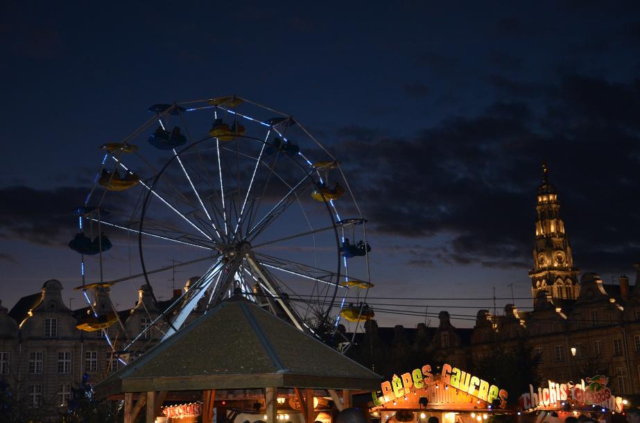 Christmas_market_in_Arras