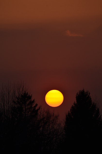Sunset_over_Arras_northern_France_April_2015