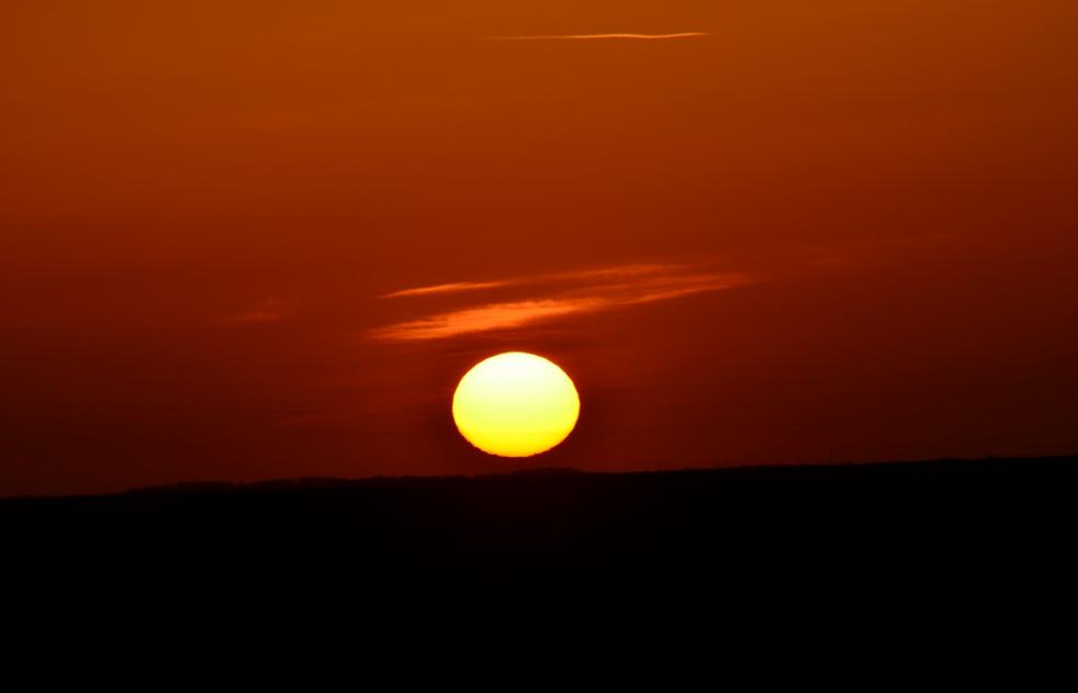 Sunset_over_the_fields_Arras